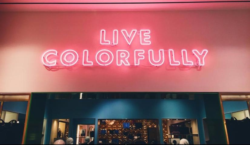 Live color