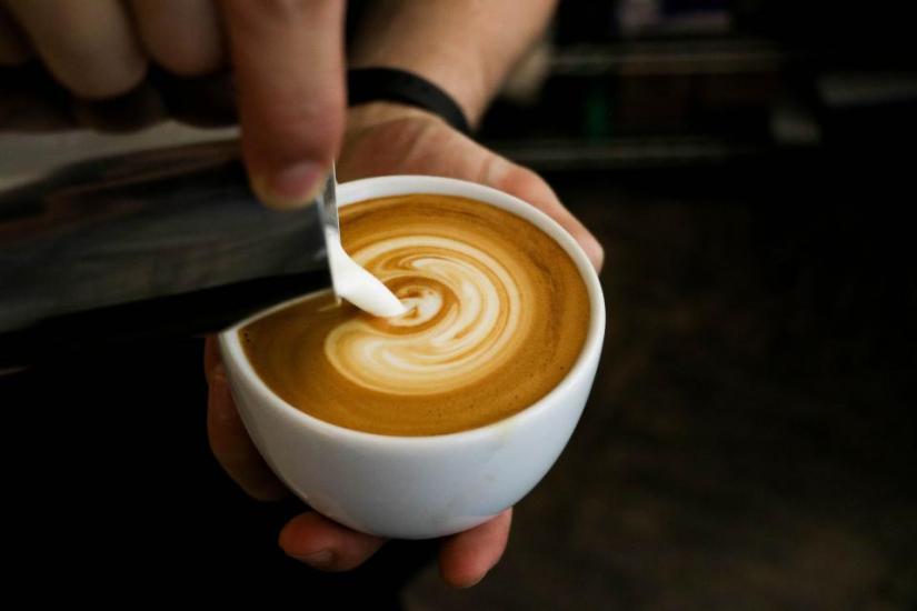 Serving latte art